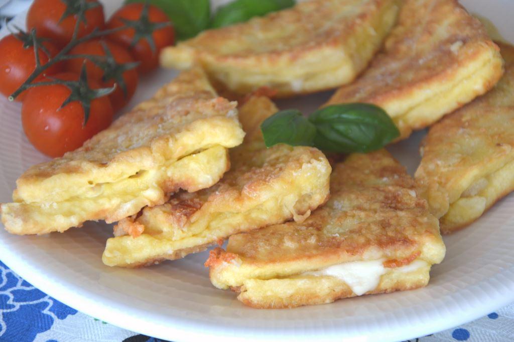 Mozzarella in carozza, czyli smażona mozzarella